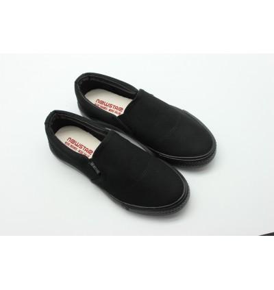 NEWSTAR Unisex Round Toe Slip-on Canvas Comfort School Shoes Black